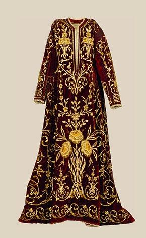 Rochie de mireasa, secol 18, catifea, Romania.